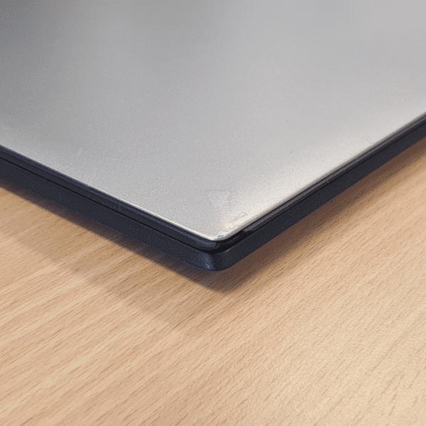 Foto van gebruikersspoor Lenovo Yoga 2 Pro laptop
